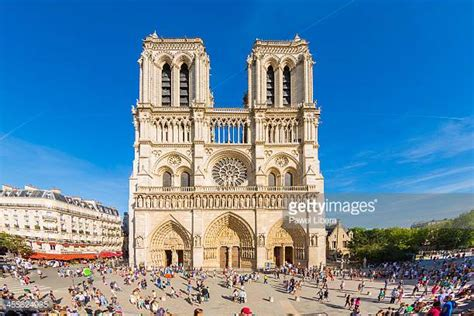 notre drame de paris 2226397868 notre dame de paris stock photos and pictures getty images
