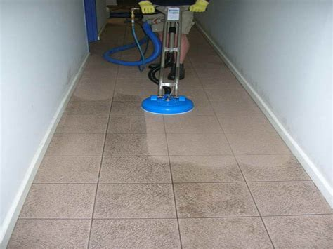 Cleaning Grout Lines How To Repair How To Clean Grout Lines In Tile Floor How To Repairs