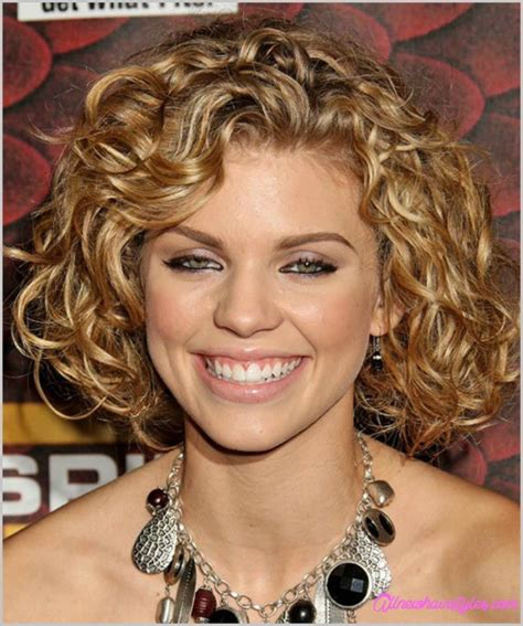 curly hairstyles round chubby faces medium curly haircut for round face allnewhairstyles com