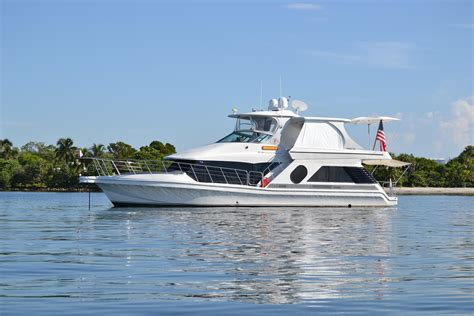 bluewater boat loans 2001 bluewater 5200 millenium power boat for sale www