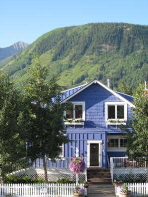 crested butte bed and breakfast crested butte bed and breakfast purple mountain lodge b