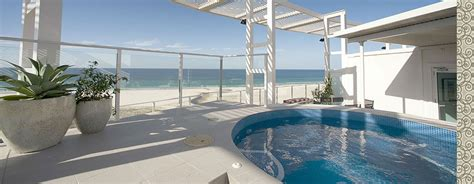 kirra surf appartments kirra surf apartments benefit from hirum property