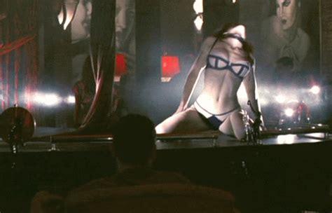 funny movies like hot shots jessica biel s sexiest shots as animated gifs 26 gifs