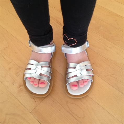 umi shoes for review giveaway mommies