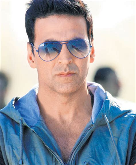 midlle path hair style akshay kumar why akshay kumar hairstyles are admirable