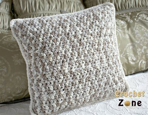 Easy Crochet Pillow Patterns by Free Crochet Pattern For Basic Throw Pillow Crochet Zone