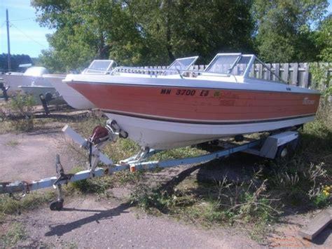 1975 amf crestliner muskie 550 tri hull bowrider evinrude - Crestliner Boats Headquarters