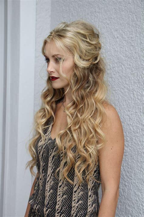 hair ideas on pinterest giuliana rancic boutique hair bows and best 25 long curly wedding hair ideas on pinterest long