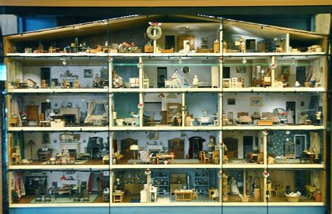 american dolls houses file smithsonian national museum of american history doll house 8306544779 jpg