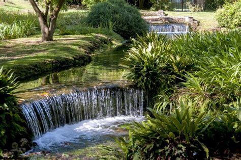 i giardini di ninfa siccit 224 i giardini di ninfa a rischio quot acqua ai minimi
