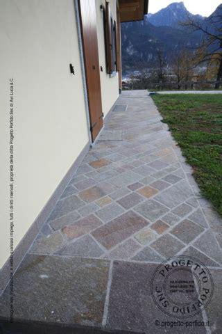 posa piastrelle in diagonale foto piastrelle porfido piano cava colorato progetto