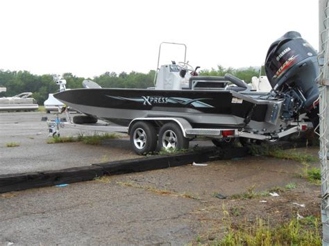 hydraulic boat t top andalusia marine and powersports inc new xpress center