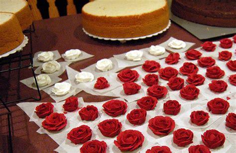 como decorar pasteles con rosas c 243 mo hacer rosas para decorar pasteles gastronom 237 a c 237 a