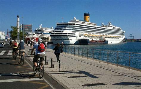 el crucero de los file foto del crucero costa magica en el muelle de santa catalina del puerto de las palmas de