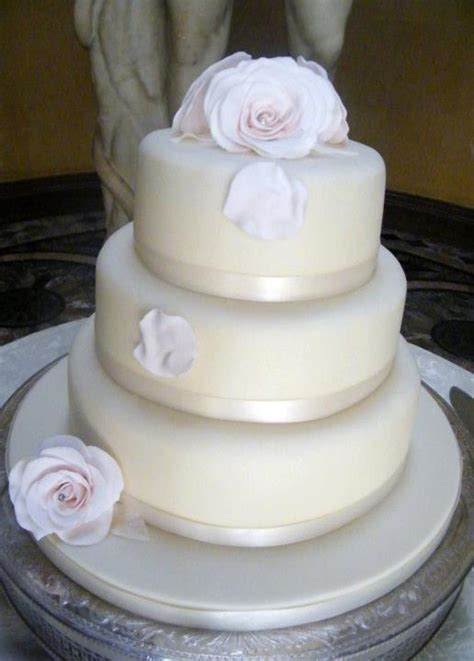 Wedding Cakes Cheap by Cheap Wedding Cakes