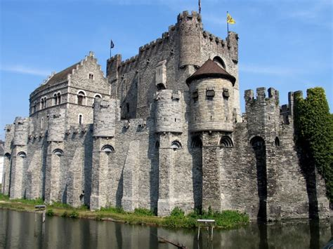 beautiful castles top 20 most beautiful castles in the world