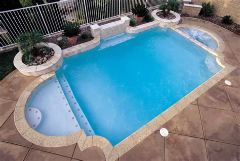 Grecian Pools | grecian style for your own roman themed swimming pool