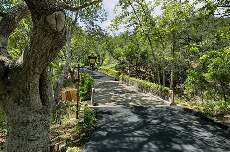 jeff bridges home jeff bridges montecito california estate listed for 29 5 million