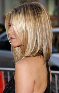 blonde and caramel highlights on short bobs dirty blonde balayage blonde bob hairstyles pinterest