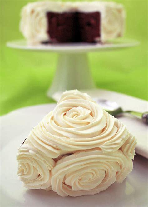 como decorar un bizcocho de chocolate c 243 mo decorar bizcochos rose cake