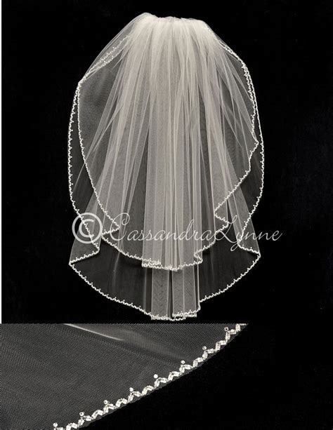 flower pattern veil 61 best waist length bridal veils images on pinterest