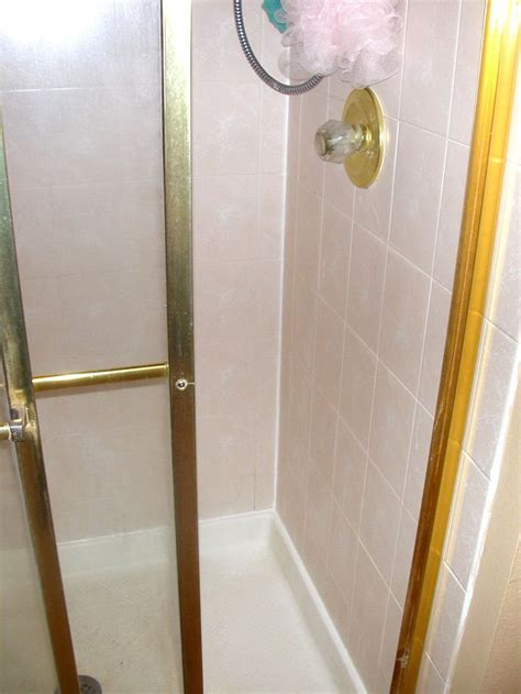 Caulking Bathroom Shower Re Caulk Shower Bath Organization And Cleaning About Me The O Jays And