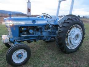 1965 ford 2000 tractor specs