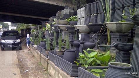 Lu Hias Teras Rumah sentra taman berburu kebutuhan taman di bekasi