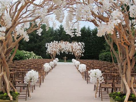 Wedding Aisle Ideas by Gorgeous Wedding Ceremonies The Magazine