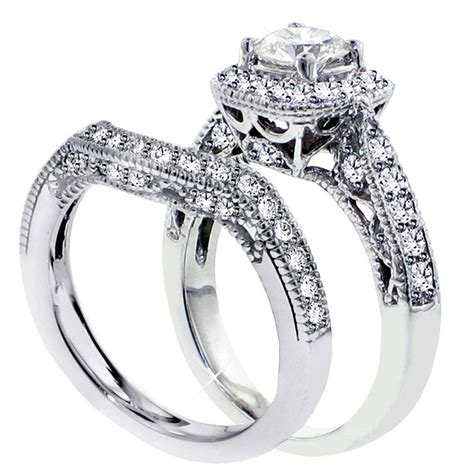1 carat antique engraved wedding ring set in white
