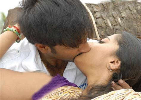 video film india hot kiss south mp3 spicy hot kiss wallpapers