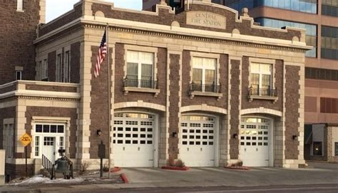 Fireplace Stores In Sioux Falls Sd by Commercial Garage Doors And Openers Roller Doors