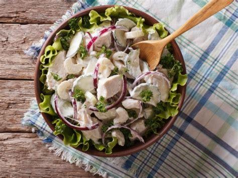 insalata di pollo con sedano insalata di pollo sedano e pecorino