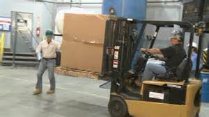 Hit The Floor In Spanish - pedestrian forklift safety lessons for the safe pedestrian