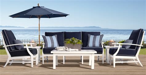 Nautical Patio Furniture Enchanted Guest 9 Say Hi To Desiree From Chic Coastal Living The Enchanted Home