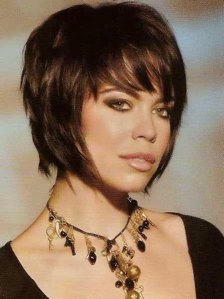 woman short layered bob wedged into neck 30 latest short hair trends short hair trends hair