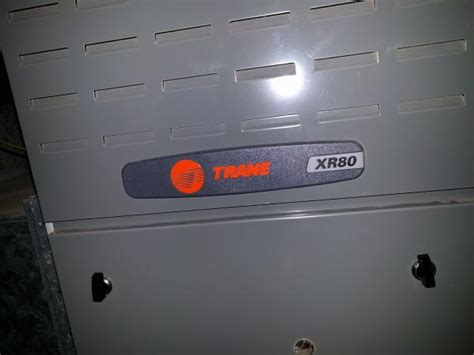 blinking red light on furnace trane xr80 not blowing air red light blinks 4 times