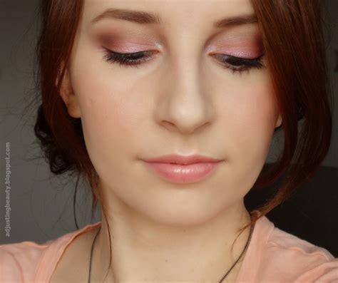 Makeup Silky makeup adjusting