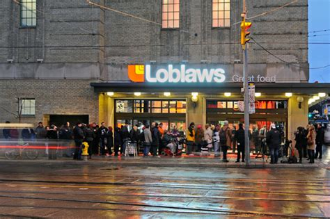 loblaws at maple leaf gardens opens to fanfare loblaws to try drive through grocery sales in the gta