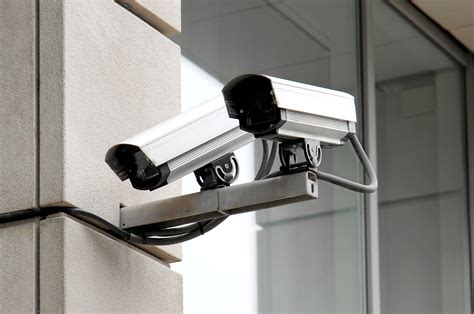 are cameras the best home security tools for