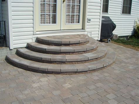 Concrete Patio Designs Layouts by Concrete Patio Stair Design And Layout Patios Pavers