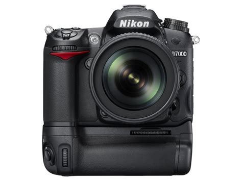 Battery Grip Nikon D7000 by Nikon Mb D11 Multi Power Battery Pack For D7000 Now