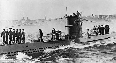 what is a german u boat does this grainy sonar image show sunken german u boat at