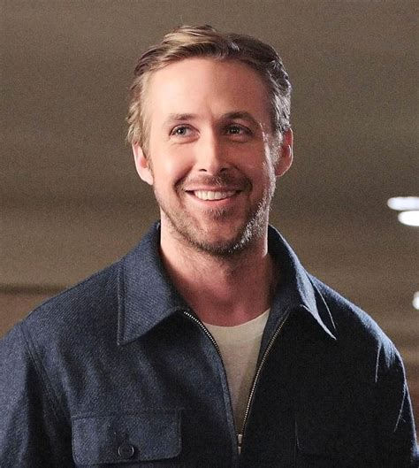 ryan gosling to host saturday night live this weekend
