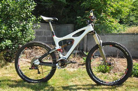 Ibis Background Check Ibis Mojo Hd 160 In Gloriously Bright White Andywhite469 S Bike Check Vital Mtb