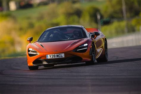 mclaren 720s review gtspirit technology