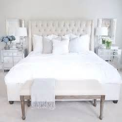 white tufted bedroom set 1000 ideas about white tufted bed on tufted
