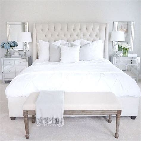white tufted bedroom set 1000 ideas about white tufted bed on pinterest tufted