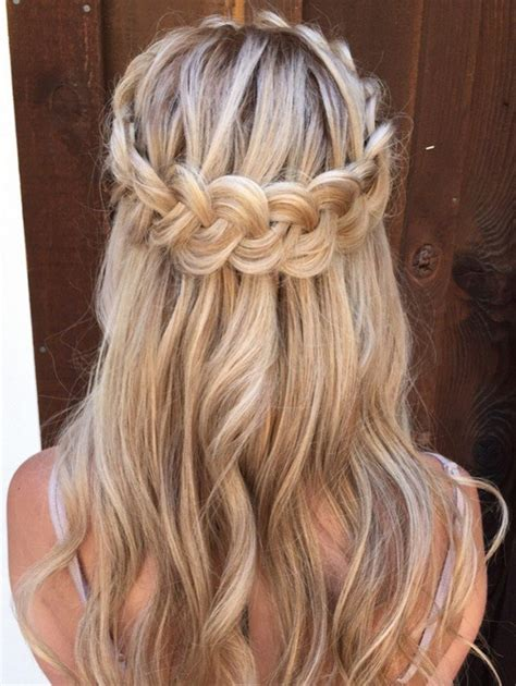 wedding hairstyles half up half down with braid and veil 10 glamorous half up half down wedding hairstyles from
