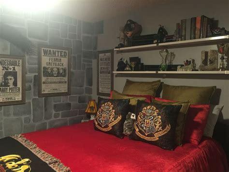 best 25 harry potter room ideas on pinterest harry potter decor harry potter sign